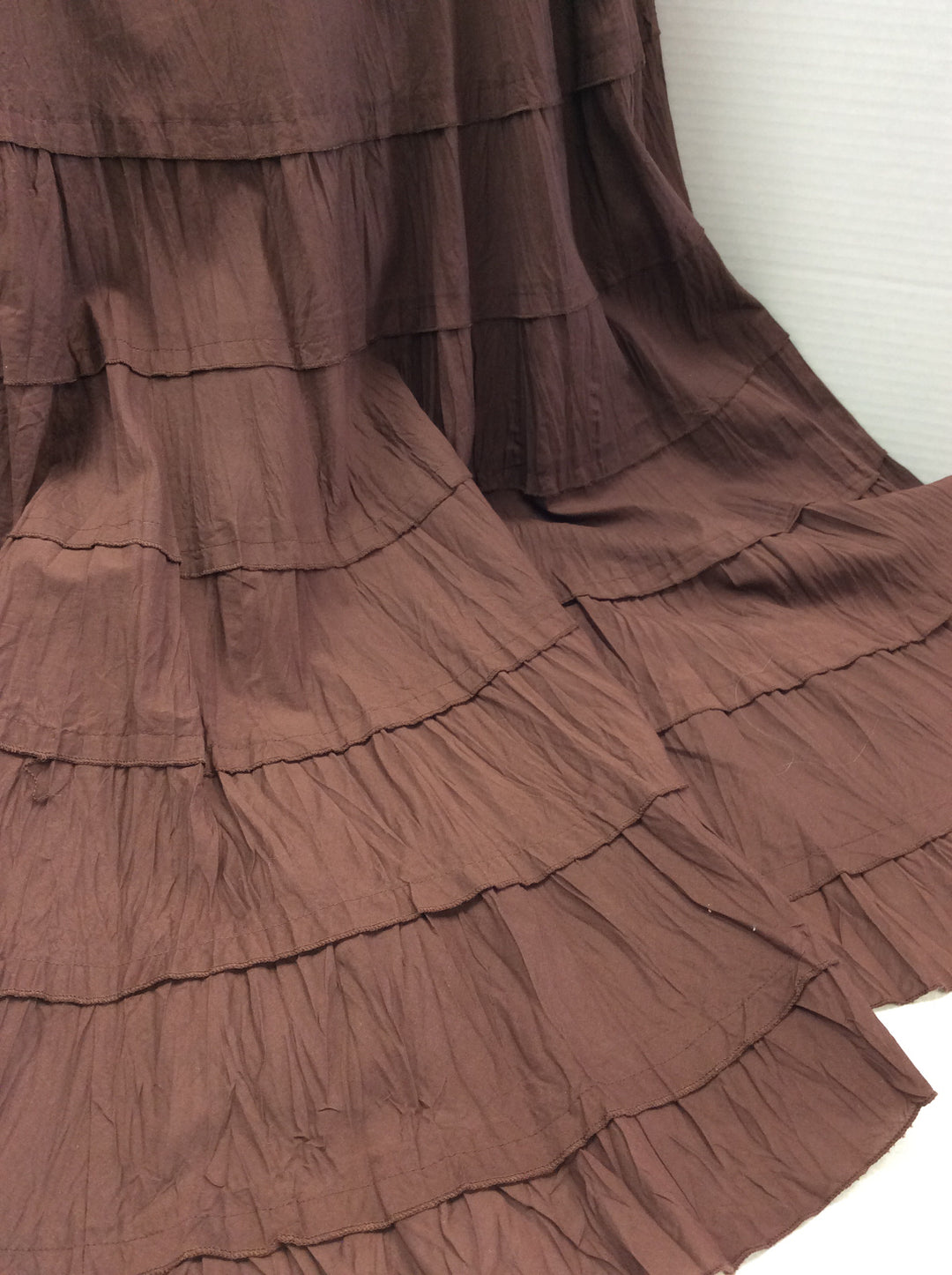 Photo #1 - BRAND: MULTIPLES <BR>STYLE: SKIRT <BR>COLOR: BROWN <BR>SIZE: L <BR>SKU: 133-13374-1621<BR>BEAUTIFUL FULL RUSTY BROWN SKIRT. LOOKS GREAT WITH BOOTS! SEE IT STYLED IN LAST PHOTOS ( ITEMS IN THE STYLES PHOTS ARE SOLD SEPARATELY AND ARE NOT INCLUDED IN THE SALE OF THE SKIRT)