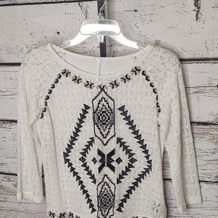 Primary Photo - BRAND: FREE PEOPLE STYLE: TOP LONG SLEEVE COLOR: WHITE BLACK SIZE: S SKU: 133-13316-11457180%COTTON 20% NYLON
