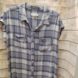 Primary Photo - BRAND: TREASURE & BONDSTYLE: TUNIC SHORT SLEEVE COLOR: BLUE PLAID SIZE: M OTHER INFO: TREASURE & BOND - SKU: 133-13350-40232