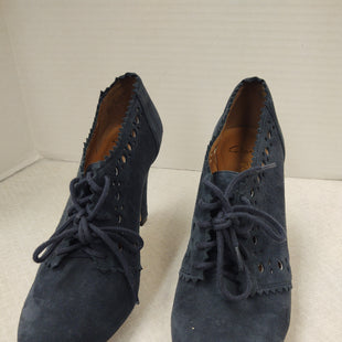 Primary Photo - BRAND: CLARKS STYLE: SHOES HIGH HEEL COLOR: BLUE SIZE: 6 SKU: 133-13377-1005
