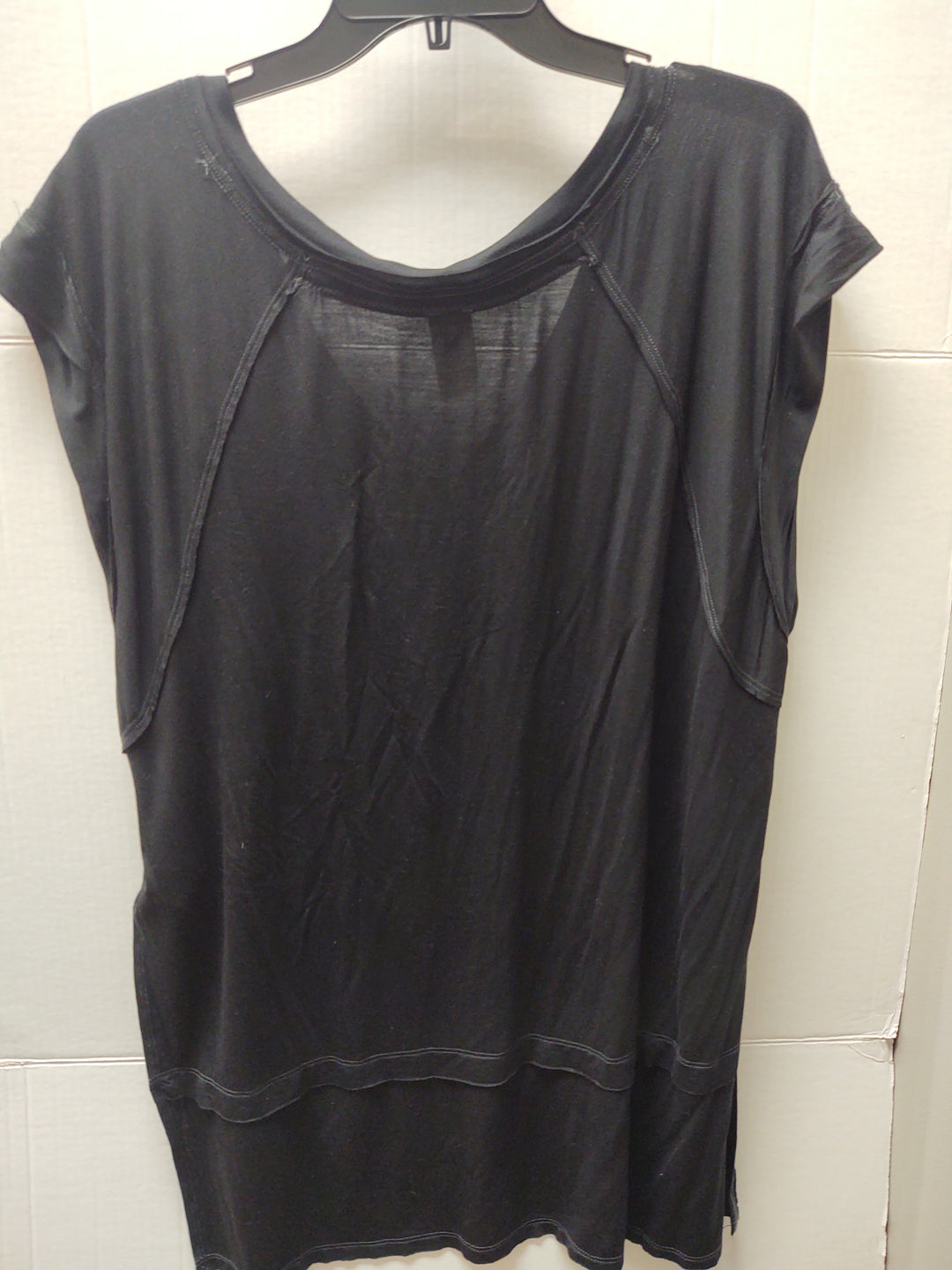 Photo #1 - BRAND: WE THE FREE <BR>STYLE: TOP SHORT SLEEVE <BR>COLOR: BLACK <BR>SIZE: S <BR>SKU: 133-13374-2275