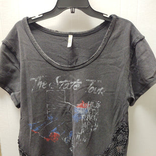 Primary Photo - BRAND: FREE PEOPLE STYLE: TOP SHORT SLEEVE COLOR: GREY SIZE: M SKU: 133-13374-2207