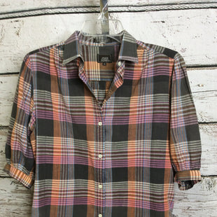 Primary Photo - BRAND:    CLOTHES MENTOR STYLE: TOP SHORT SLEEVE COLOR: PLAID SIZE: M OTHER INFO: JOHN HENRY - SKU: 133-13311-62310