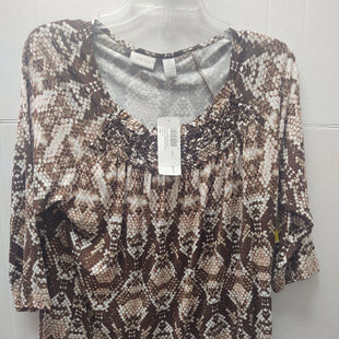 Primary Photo - BRAND: CHICOS O STYLE: TOP LONG SLEEVE COLOR: SNAKESKIN PRINT SIZE: M OTHER INFO: NEW SKU: 133-13373-12602