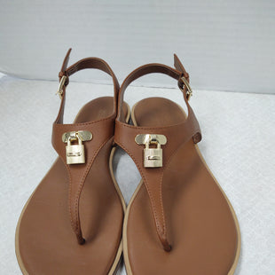Primary Photo - BRAND: MICHAEL KORS STYLE: SANDALS FLAT COLOR: BROWN SIZE: 8 SKU: 133-13350-41199