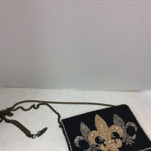 Primary Photo - BRAND:  CMA STYLE: HANDBAG DESIGNER COLOR: BLACK SIZE: SMALL OTHER INFO: MARY FRANCES - FLEUR DE LIS PEARL SKU: 133-13373-13827