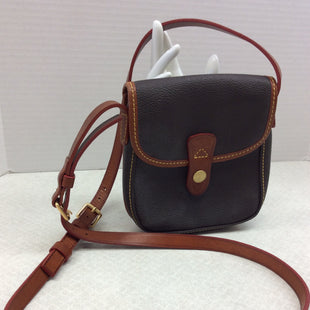 Primary Photo - BRAND: DOONEY AND BOURKE O STYLE: HANDBAG DESIGNER COLOR: BROWN SIZE: SMALL SKU: 133-13316-111279