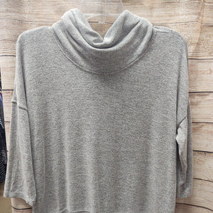 Primary Photo - BRAND: CALVIN KLEIN O STYLE: TOP LONG SLEEVE COLOR: GREY SIZE: M SKU: 133-13350-40111