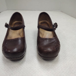Primary Photo - BRAND: DANSKO STYLE: SHOES FLATS COLOR: BROWN SIZE: 6.5 SKU: 133-13374-1650