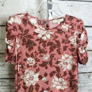 Primary Photo - BRAND: LOFT STYLE: TOP SHORT SLEEVE COLOR: FLORAL SIZE: M OTHER INFO: NEW! SKU: 133-13350-40618