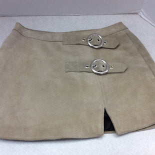 Primary Photo - BRAND:   CMC STYLE: SKIRT COLOR: TAN SIZE: M OTHER INFO: UNDERSTATED - SKU: 133-13316-112687