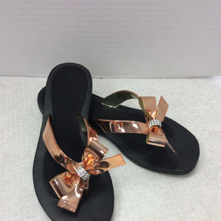 Primary Photo - BRAND: GUESS STYLE: FLIP FLOPS COLOR: ROSE  METALLIC SIZE: 6 SKU: 133-13373-13833