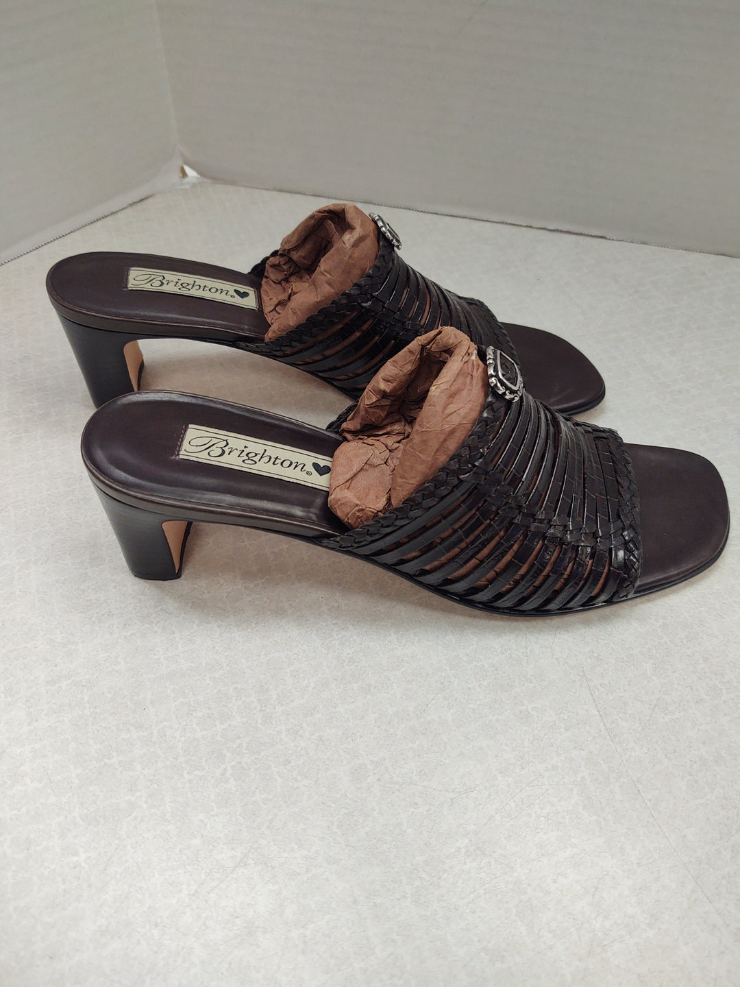 Photo #1 - BRAND: BRIGHTON O <BR>STYLE: SANDALS LOW <BR>COLOR: BROWN <BR>SIZE: 9.5 <BR>SKU: 133-13316-112779