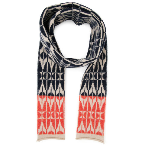 Tile knitted scarf in indigo & cream