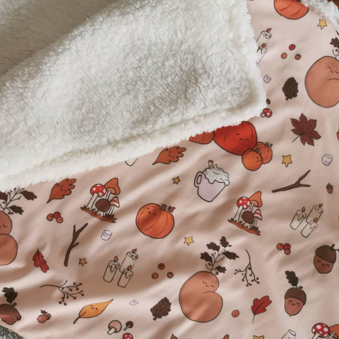 Cosy Autumn Blanket Preorder