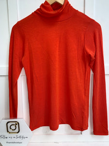 Plain Polo neck top