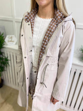 Load image into Gallery viewer, Nina Cream Parka/Gilet