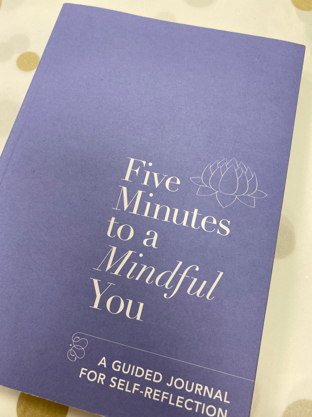 Book, Five minutes to a Mindful You