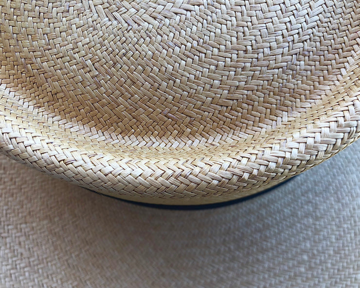 All Women  Classic Toquilla Straw  Spanish Hat Panama Hat Mujer Sombrero Clásico de Paja Toquilla Español Natural Blanco White  Tostado Brown Marrón Cafe Gray Grey Silver Plata Plateado Gris Gold Golden Dorado AWANA