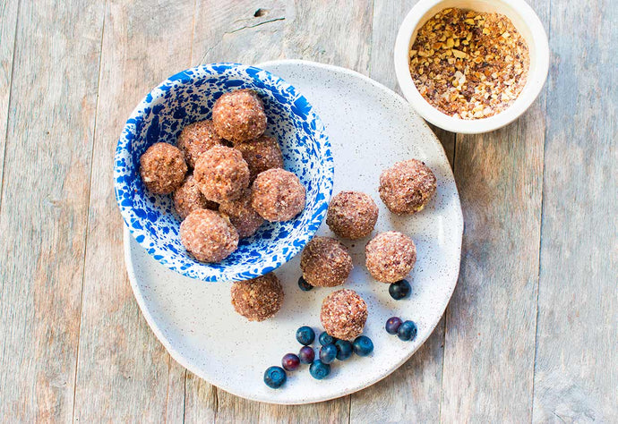 4-Ingredient Maca Cacao Nib Energy Balls