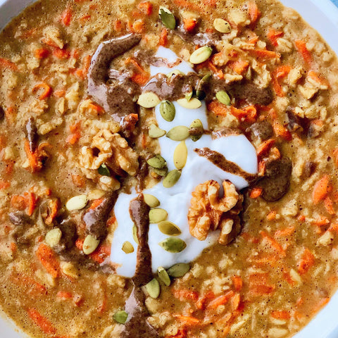 Easy Glowing Carrot Cake Oats