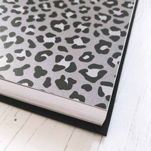 Load image into Gallery viewer, Undated 2020 Diary Planner: Leopard