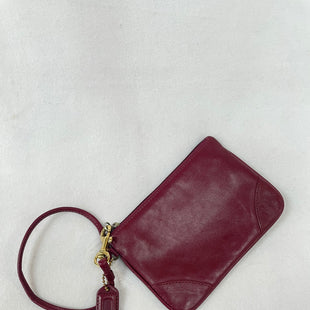 Primary Photo - BRAND: COACH O STYLE: WRISTLET COLOR: BURGUNDY SKU: 240-24093-1150