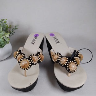 Primary Photo - BRAND:    CLOTHES MENTOR STYLE: SANDALS HIGH COLOR: STONE SIZE: 8 OTHER INFO: DOLCE BY MOJO MOXY  - BLACK/TAN SKU: 240-24049-57934