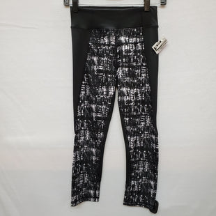 Primary Photo - BRAND: CALVIN KLEIN STYLE: ATHLETIC CAPRIS COLOR: BLACK WHITE SIZE: XS SKU: 240-24083-4024