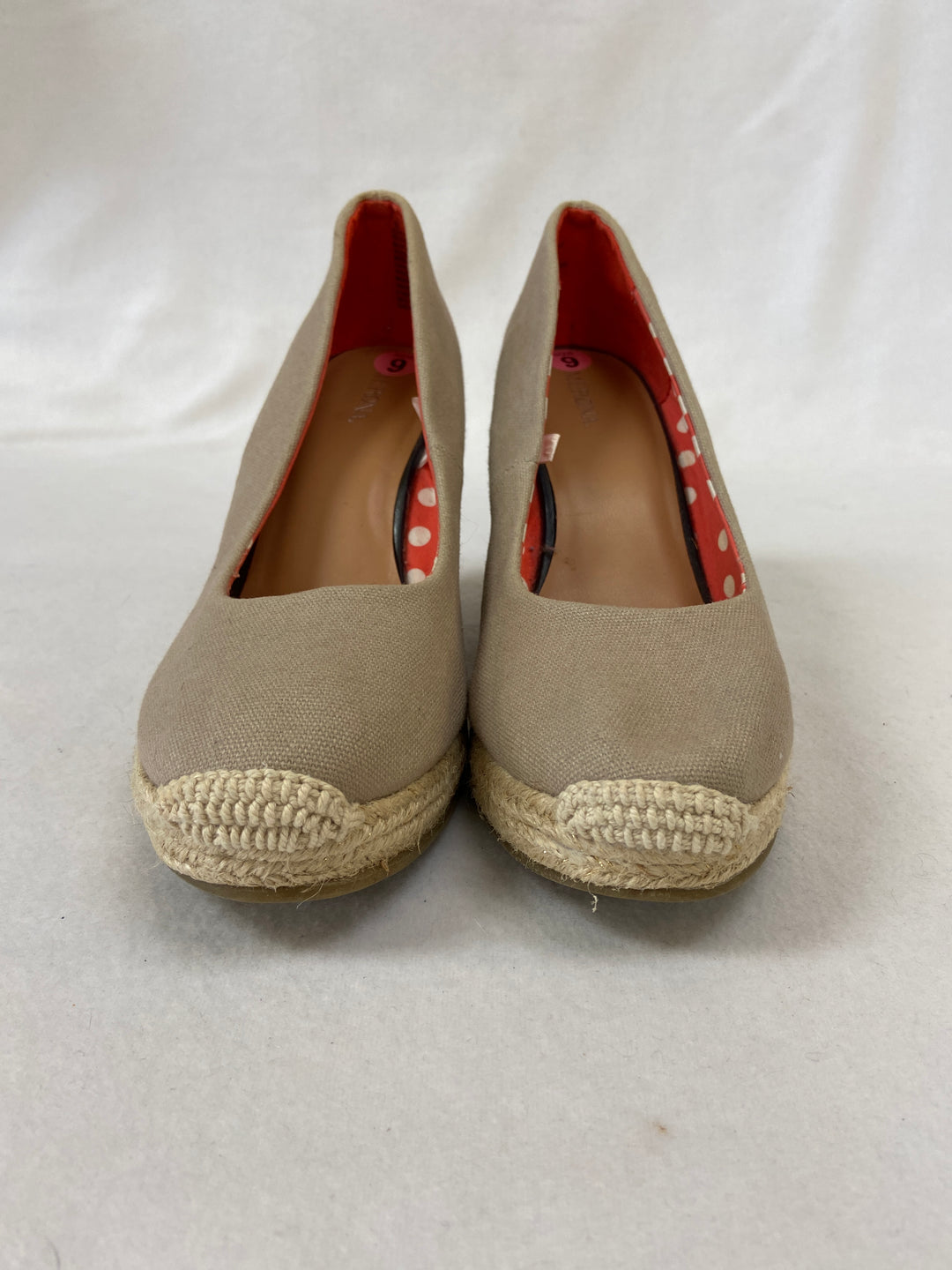 Photo #1 - BRAND: MERONA O <BR>STYLE: SHOES HIGH HEEL <BR>COLOR: CREAM <BR>SIZE: 9 <BR>SKU: 240-24071-4964