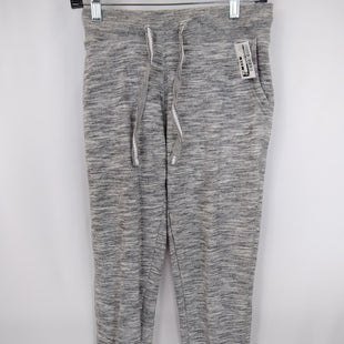 Primary Photo - BRAND:    CLOTHES MENTOR STYLE: ATHLETIC PANTS COLOR: GREY SIZE: M OTHER INFO: LOVE ME - SKU: 240-24071-5890