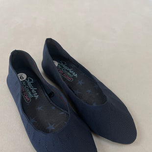 Primary Photo - BRAND: SKECHERS STYLE: SHOES FLATS COLOR: NAVY SIZE: 6 SKU: 240-24091-5931