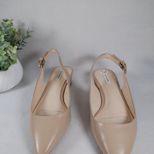 Primary Photo - BRAND: ALEX MARIE STYLE: SHOES LOW HEEL COLOR: CREAM SIZE: 7.5 SKU: 240-24049-57906