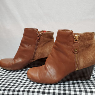 Primary Photo - BRAND: ISAAC MIZRAHI LIVE QVC STYLE: BOOTS ANKLE COLOR: BROWN SIZE: 6.5 SKU: 240-24052-44867