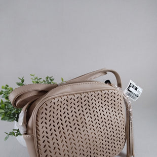 Primary Photo - BRAND:    CLOTHES MENTOR STYLE: HANDBAG COLOR: TAN SIZE: SMALL OTHER INFO: SUMMER AND ROSE - SKU: 240-24083-9981