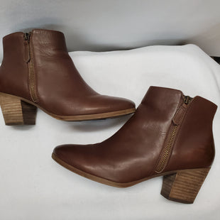 Primary Photo - BRAND: JUICY COUTURE STYLE: BOOTS ANKLE COLOR: BROWN SIZE: 7 SKU: 240-24049-51485