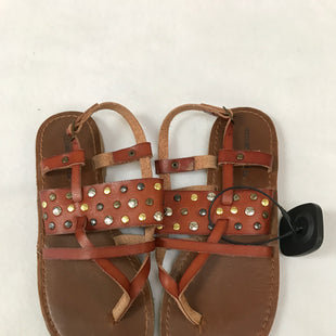 Primary Photo - BRAND: MOSSIMO STYLE: SANDALS FLAT COLOR: BROWN SIZE: 6.5 SKU: 240-24049-55248