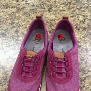 Primary Photo - BRAND: CLARKS STYLE: SHOES ATHLETIC COLOR: PURPLE SIZE: 6.5 SKU: 240-24090-123