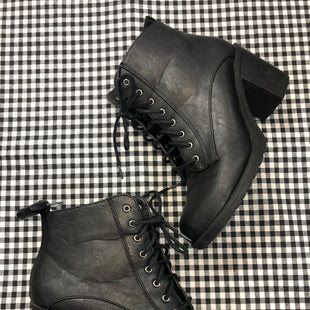 Primary Photo - BRAND:    CLOTHES MENTOR STYLE: BOOTS ANKLE COLOR: BLACK SIZE: 11 OTHER INFO: KALI - SKU: 240-24049-51369