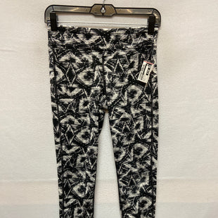 Primary Photo - BRAND: OLD NAVY STYLE: ATHLETIC PANTS COLOR: BLACK WHITE SIZE: L SKU: 240-24071-4552