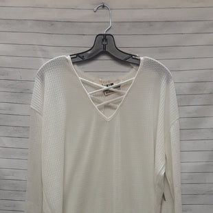 Primary Photo - BRAND:    CLOTHES MENTOR STYLE: TOP LONG SLEEVE COLOR: CREAM SIZE: S OTHER INFO: LES SOEURS - SKU: 240-24052-53282