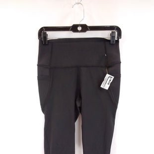 Primary Photo - BRAND: GAPFIT O STYLE: ATHLETIC CAPRIS COLOR: BLACK SIZE: M SKU: 240-24049-59135