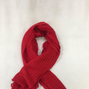 Primary Photo - BRAND:    CLOTHES MENTOR STYLE: SCARF COLOR: RED OTHER INFO: NB - SKU: 240-24090-626