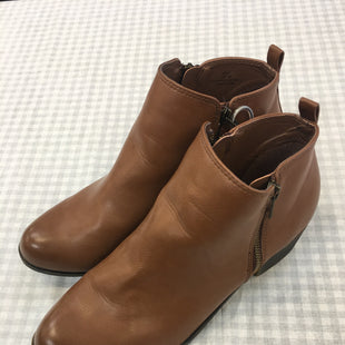 Primary Photo - BRAND:    CLOTHES MENTOR STYLE: BOOTS ANKLE COLOR: BROWN SIZE: 10 OTHER INFO: DUNES - SKU: 240-24052-48453