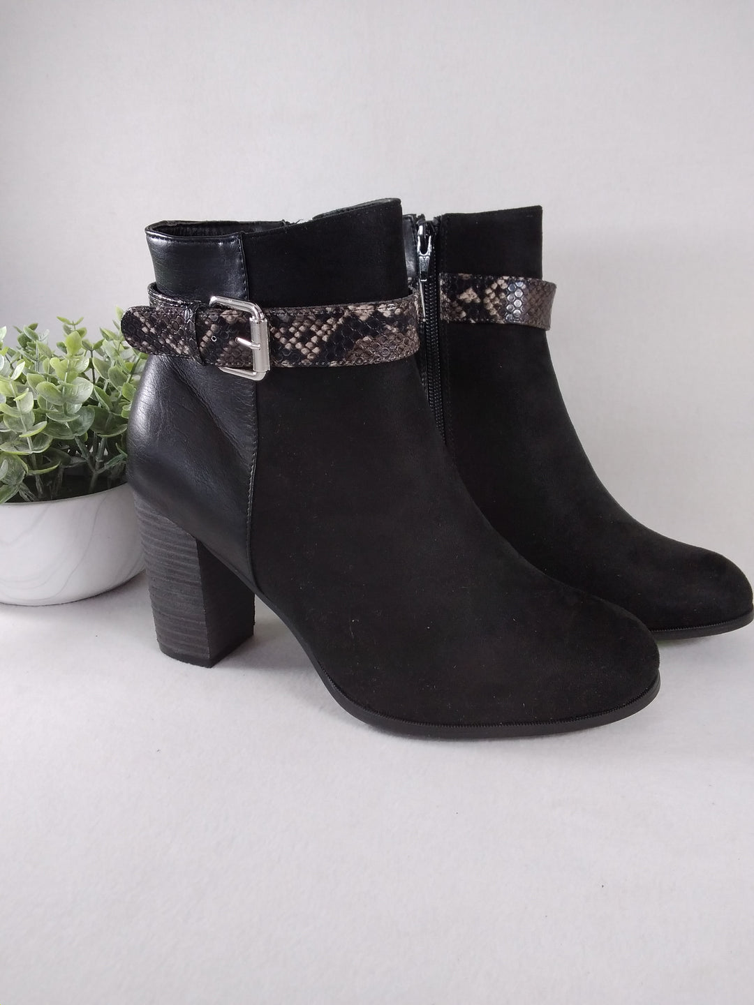 Photo #2 - BRAND: CATO <BR>STYLE: BOOTS ANKLE <BR>COLOR: BLACK <BR>SIZE: 11 <BR>SKU: 240-24049-57381