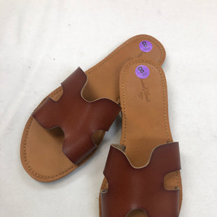 Primary Photo - BRAND: UNIVERSAL THREAD STYLE: SANDALS FLAT COLOR: BROWN SIZE: 8 SKU: 240-24049-51768