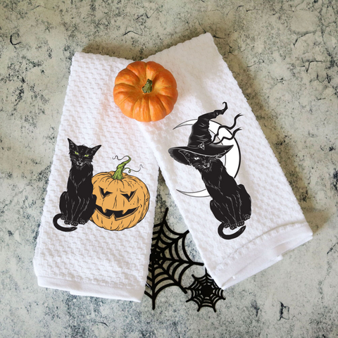 Set of Two Towels Vintage Black Cats