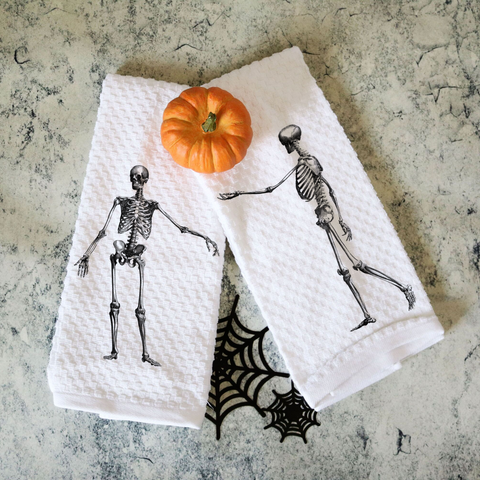 Set of Two Towels Vintage Skeleton