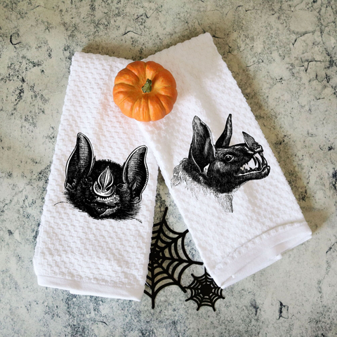 Set of Two Towels Macabre bats