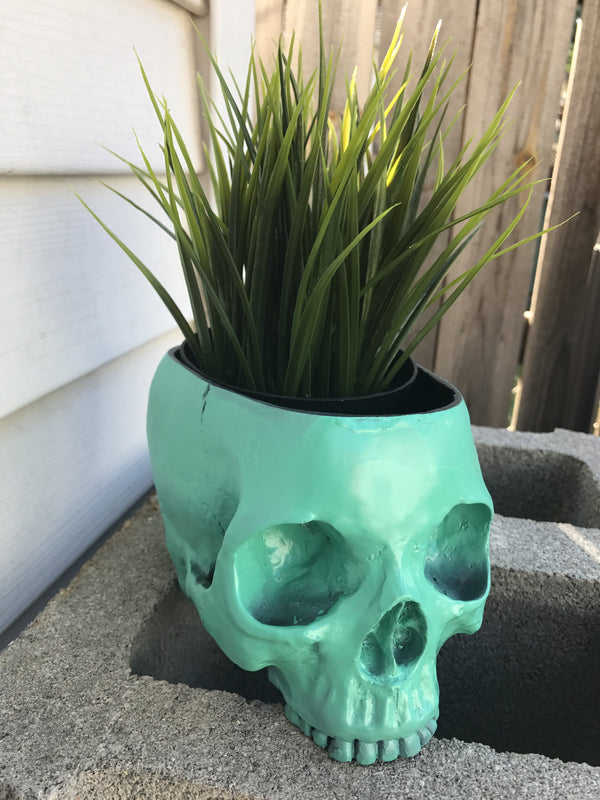 Sea Foam Skull Planter